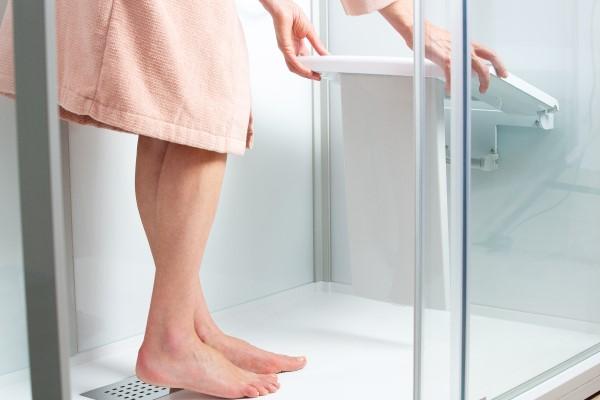 Im Stehen und im Sitzen Duschen